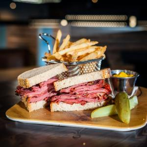 Smoked meat et frites