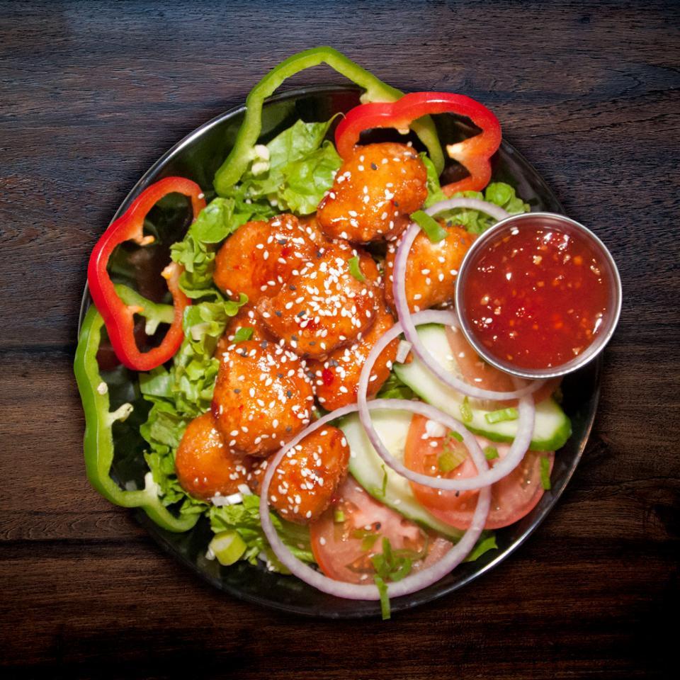 Salade au poulet thaï